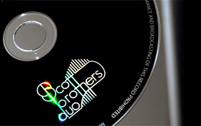 LOGO ON CD